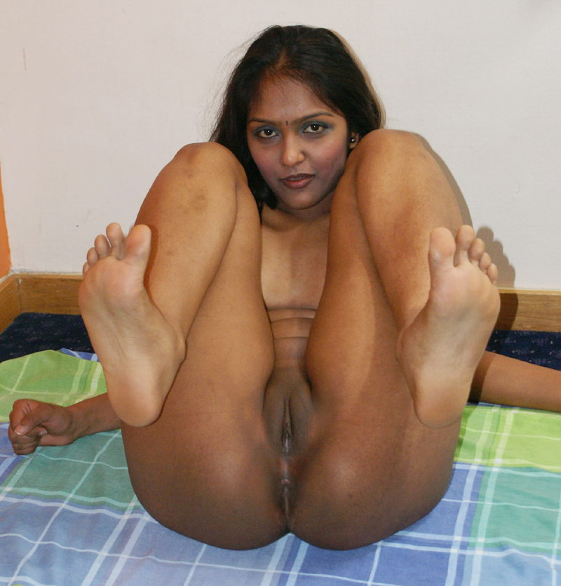 Sexy nude indian prostitute that