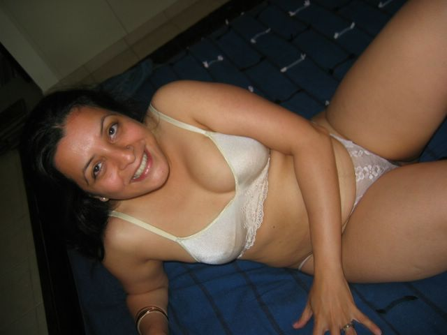 bra aunty Xxx photos