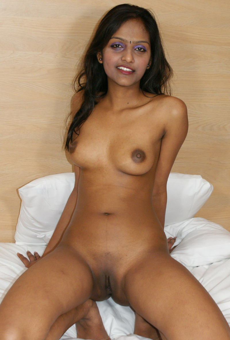 niked Black bush pussy Indian