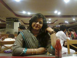 indian hot aunty restaurant photo