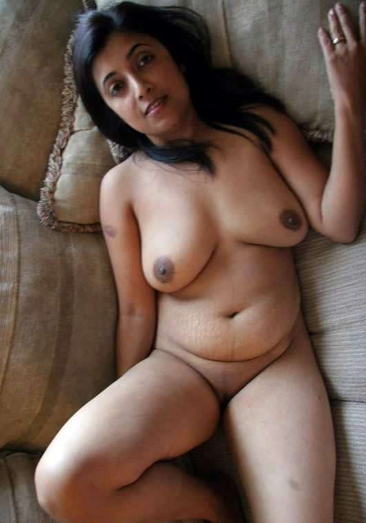 sexy nude Indian aunty