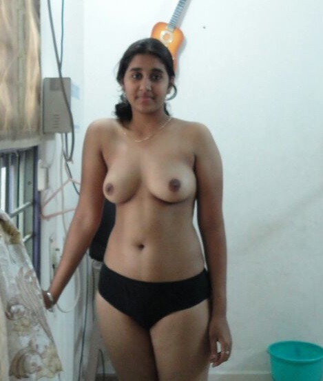 desi girlfriend boob naked