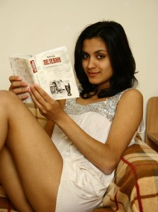 sexy girl reading magazine pic