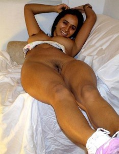 sexy girl showing hairy pussy pix