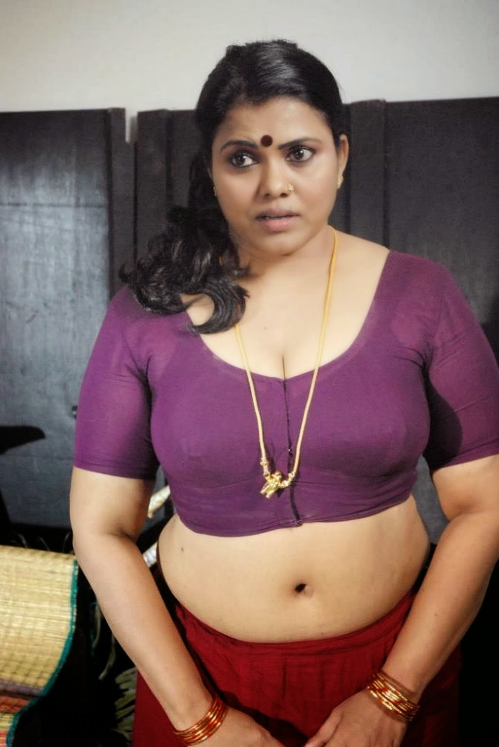 Pink blouse bhabhi hot