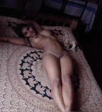 Hot slut desi strip naked