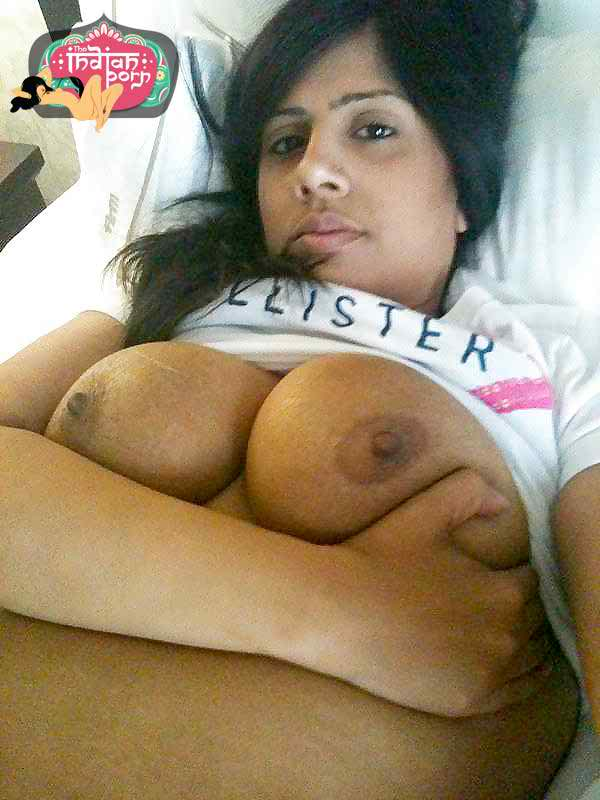 beatiful girl with tits