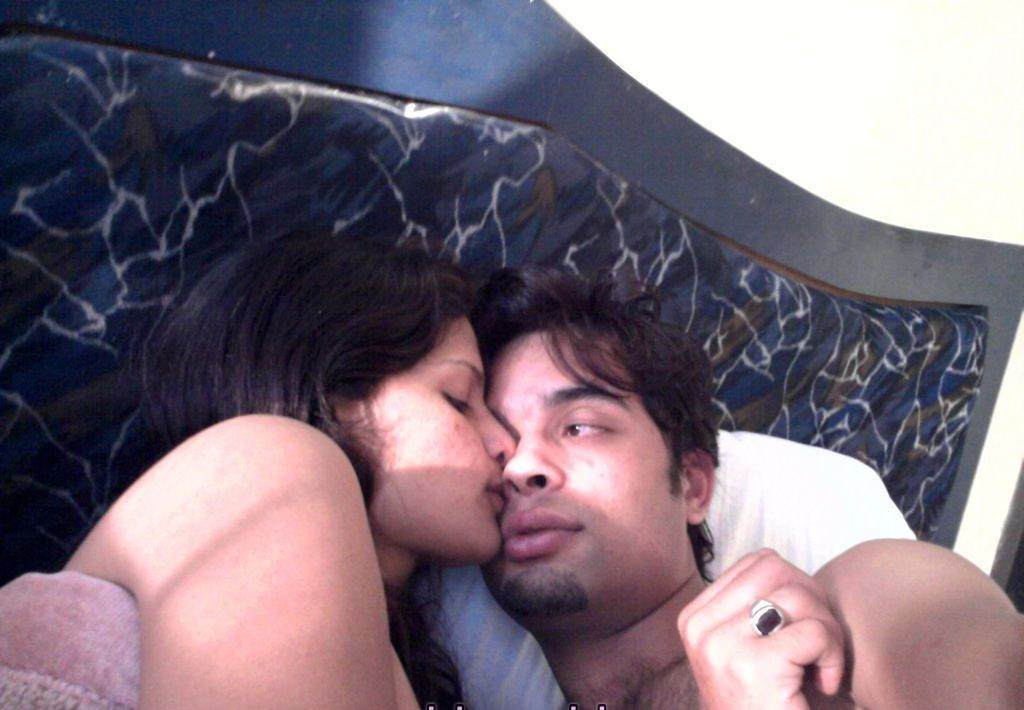 Indian desi young couple outdoor sex in a junglemms