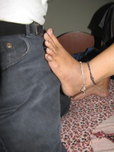 aunty ki hot footjob pix