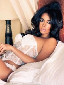 Mallika Sherawat hd bikini x pics