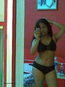 college teen sexy photo mirror selfie