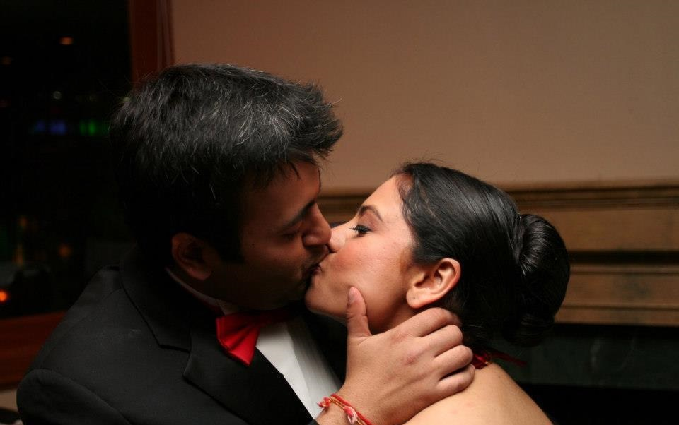 indian nude couple kissing