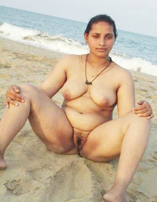 Aunty Nude In Out Side