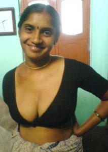 sexy south indian bhabhi naked pic