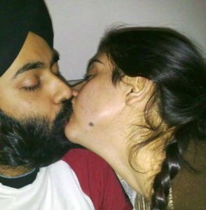 sikh couple kissing xxx phhoto