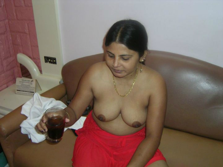 indian mature Nude