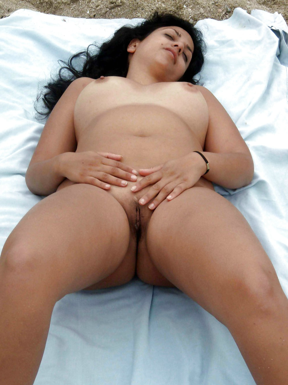 sexy light skin ebony nude
