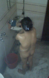 sexy-smalll-ass-nude-desi-indian-bhabhi