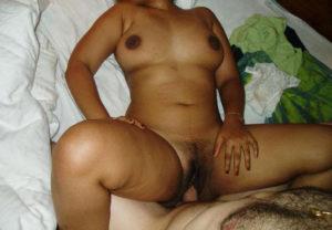 busty nude mumbai babe