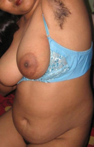 chubby hottie nude tits