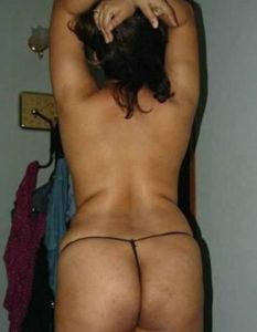 curvy hottie full nude
