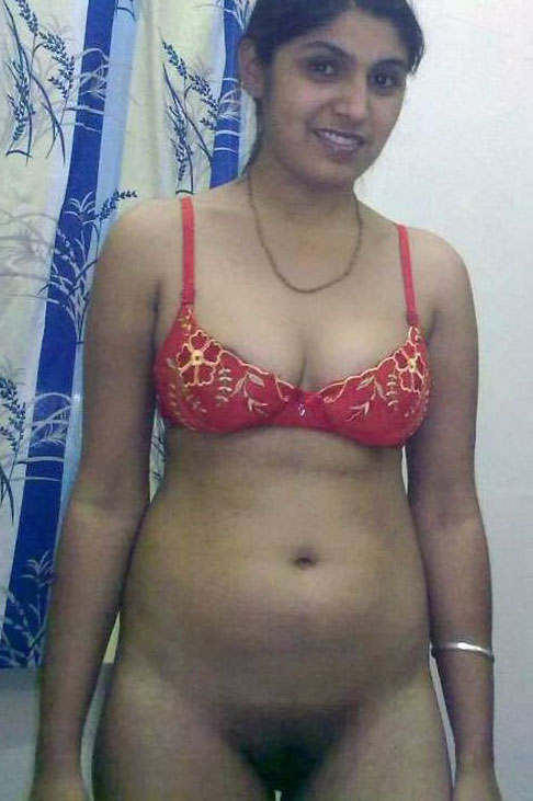free pics of nude pakistani gals having sex