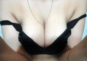 hot babe sexy boobs