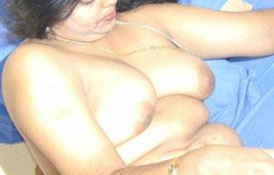 naughty hottie full nude