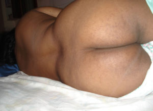 sexy ass nude hottie