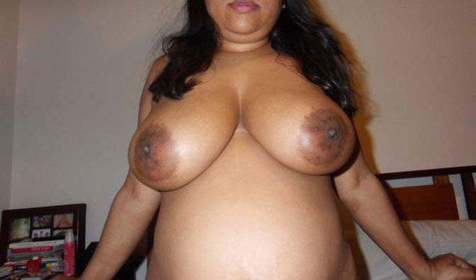 Simply big boobs in aunty nude agree