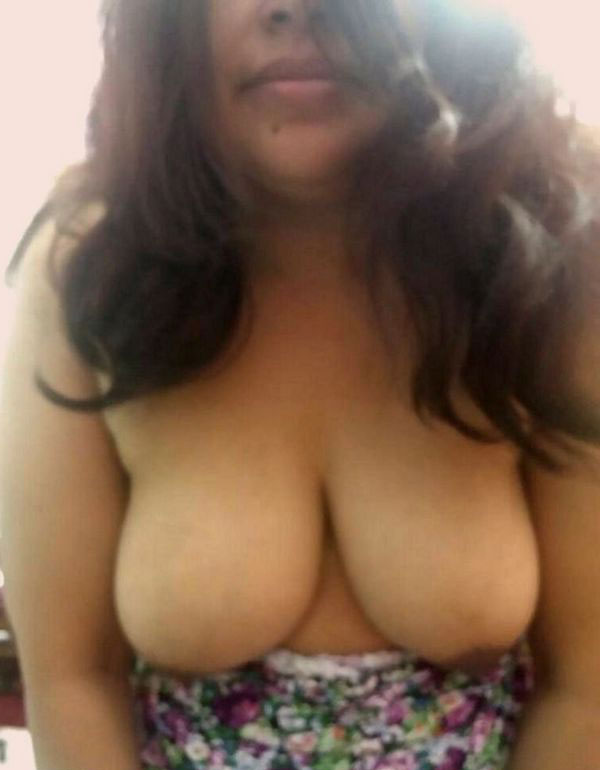 naked Indian boobs