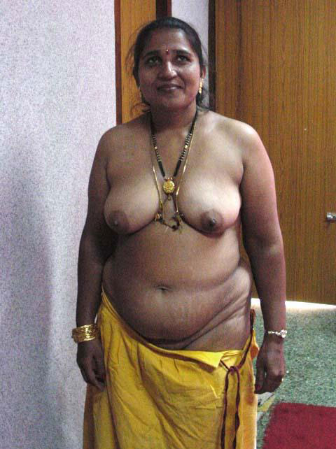 DESI BIG BREAST NUDE