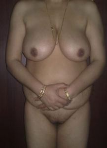 chubby desi naked