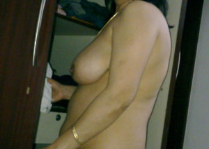 desi bhabhi nude boobs