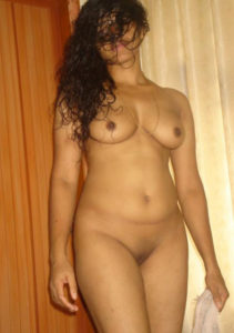 Indian girlfriends XXX nudes