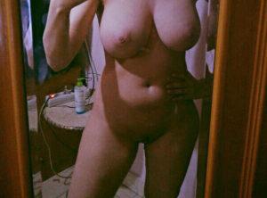 full nude chut pic