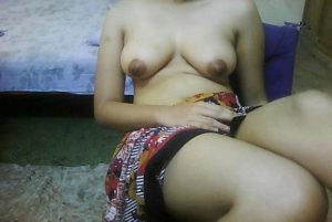 hot desi small boobs
