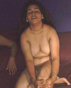 aunty naked xx desi