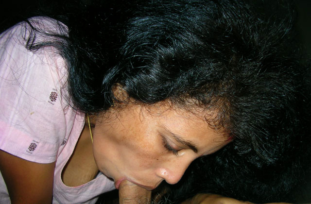 Pinky cum on face