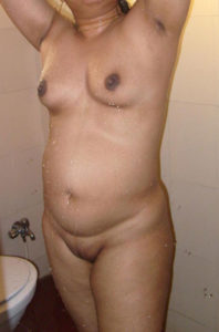 bhabhi naked boobs full pic