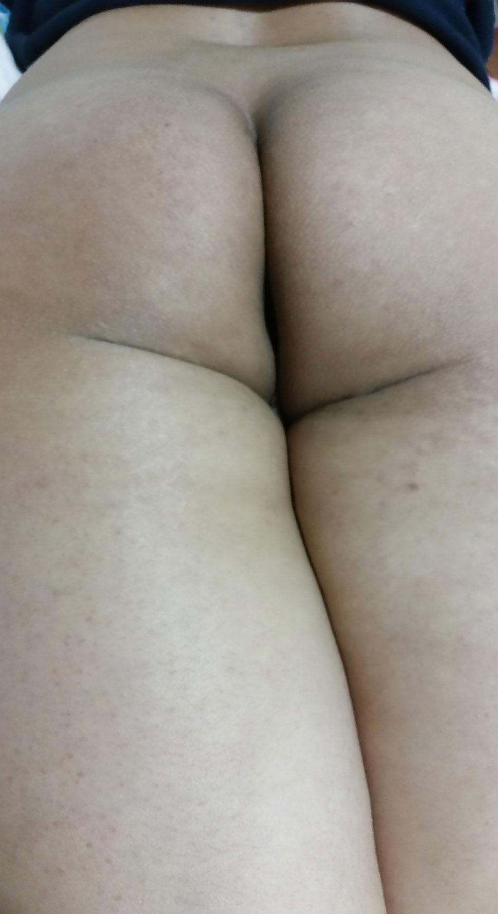 lesbian blonde twins nude