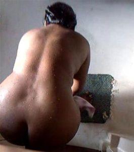big butt ahabhi bath