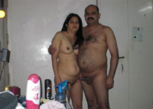 desi naked couple pic