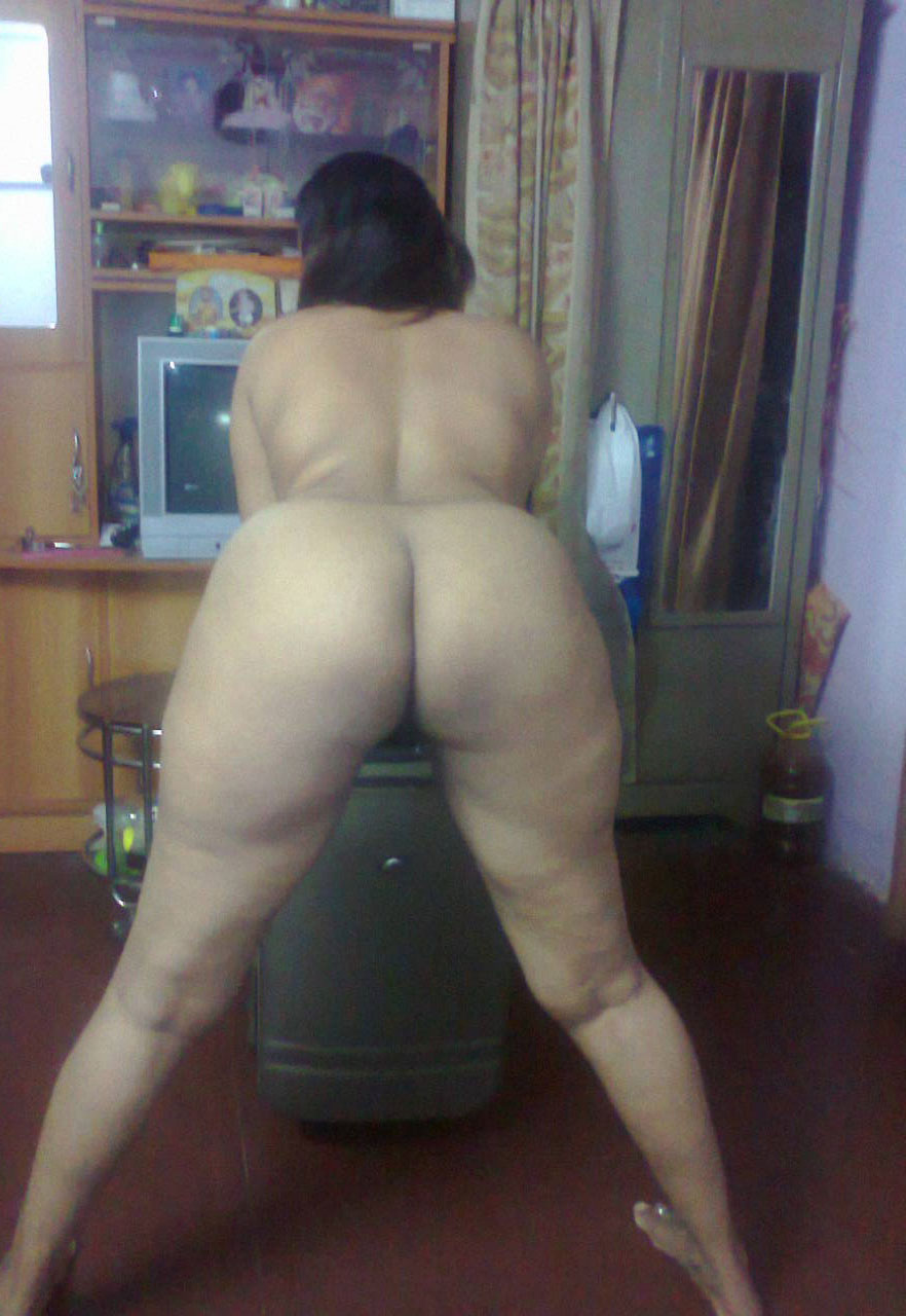 Mai kof sexy and naked