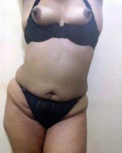 indian bhabhi bikini boobs