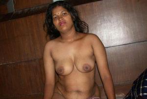 indian desi bhabhi boobs show