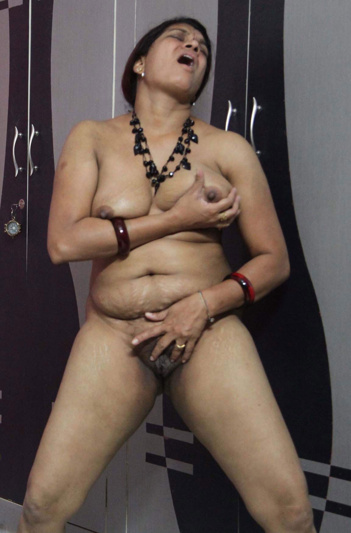 Nude Indian women married