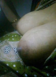 bhabhi naked hot desi boobs