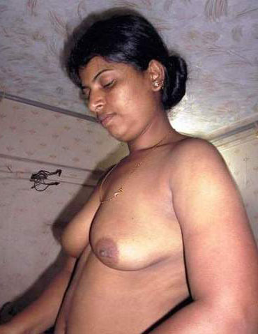 nude Indian aunty old