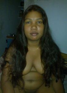 desi aunty nipples naked image